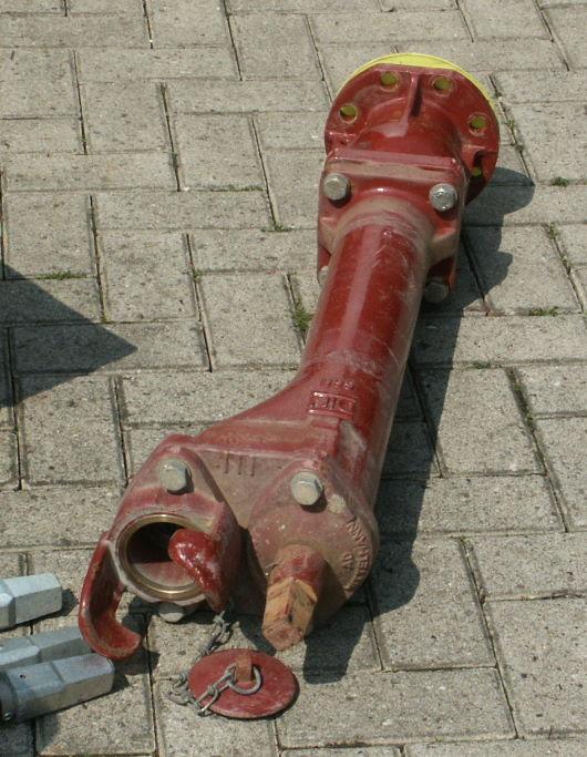 Zur Montage vorbereiteter Hydrant